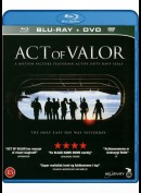 u11958 Act Of Valor (UDEN COVER)